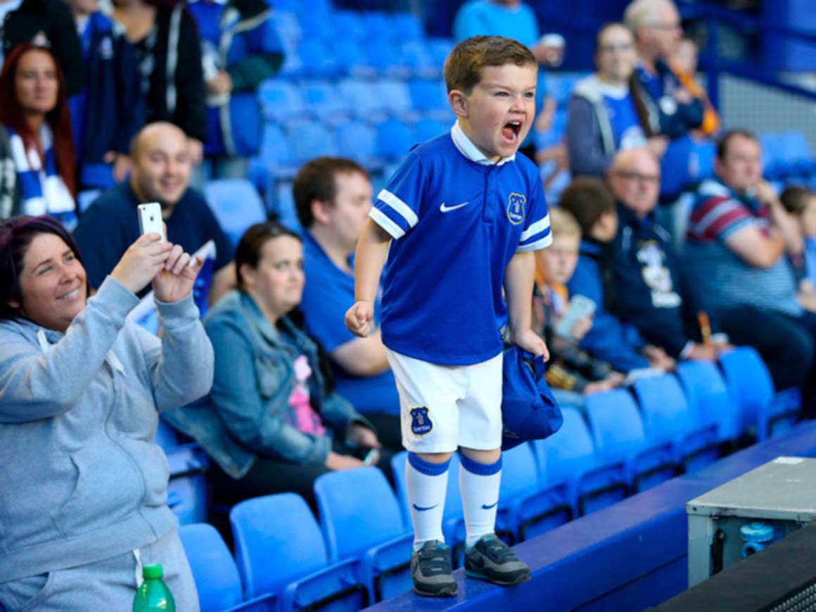 young everton fan, young football fan